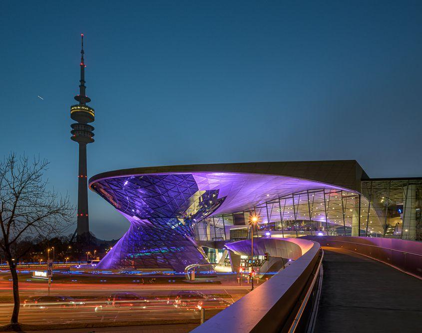 BMW-Welt und Olympiaturm, München